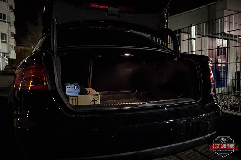 Audi A4 B8 - trunk light before LED upgrade