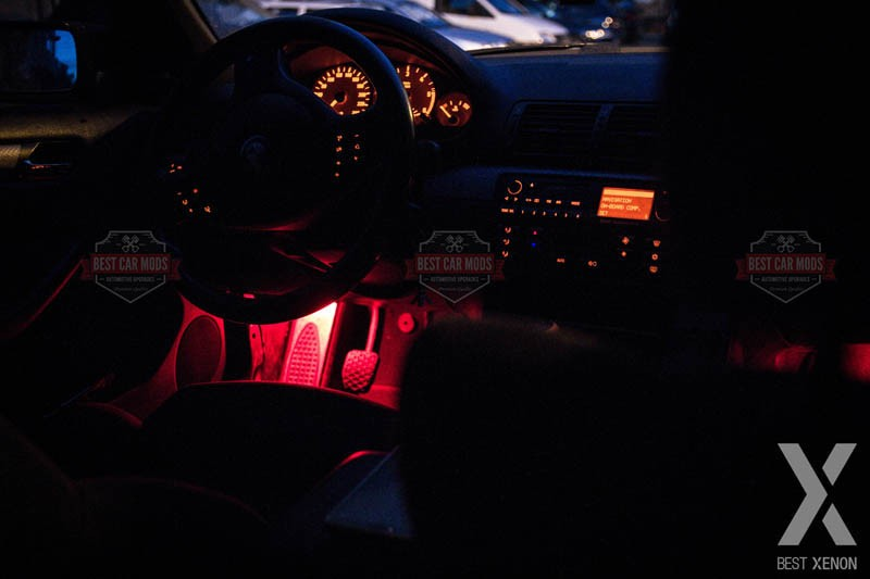 Footwell LED-Upgrade-BMW-Seria-3-E46-detaliu-1